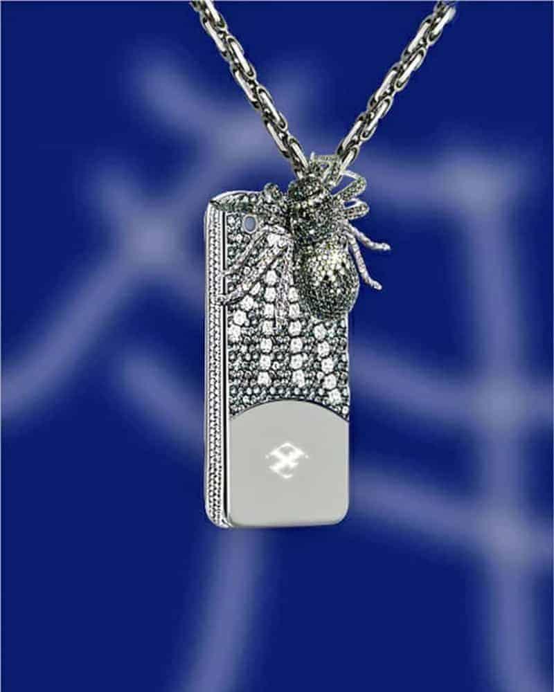 кейс-за-телефон-с-инкрустирани-диаманти-и-паяк