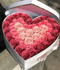 червени рози Свети Валентин