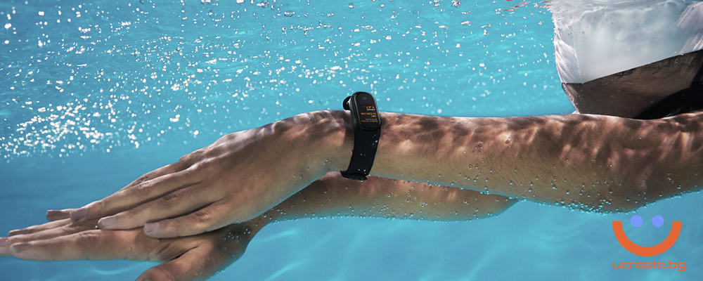 фитнес гривна Xiaomi Mi Band 4 плуване