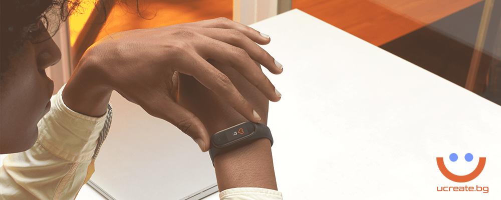 фитнес гривна Xiaomi Mi Band 4 пулс